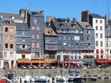 La ville de Honfleur avec Guideinnormandy.com