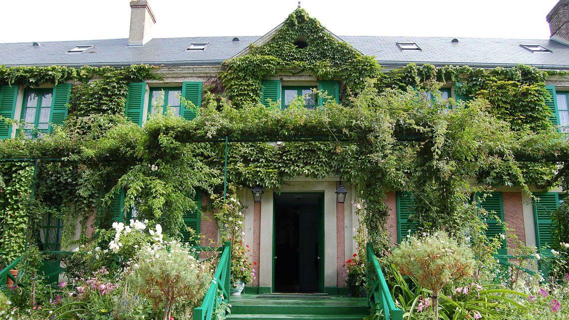 Maison-de-Monet-Giverny-By-Sherry-Main